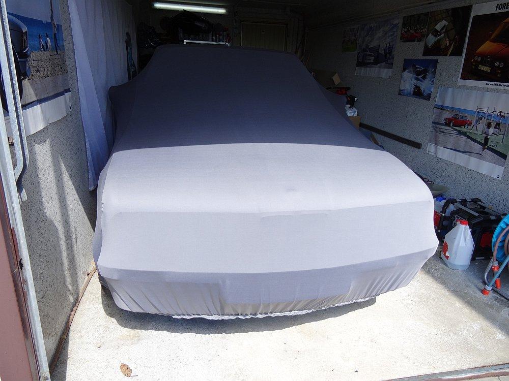 elegant formanpassend Car-e-Cover Autoschutzdecke Perfect Stretch atmungsaktiv f/ür den Innenbereich Farbe Rot